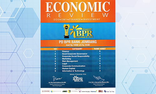 bank-jombang-raih-penghargaan-aset-100m-sd-250m-oleh-economic-review-2016